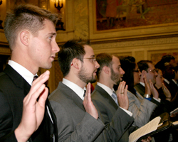 New Wisconsin lawyers take the oath